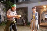 映画『劇場霊』メイキングシーン。(左から)中田秀夫監督、島崎遥香