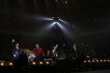 ラストナンバーは名曲「愛のかたまり」を4人のハーモニーで聴かせた(左から山川浩正、宮沢和史、栃木孝夫、小林孝至)