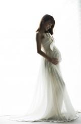 第1子を出産した山本梓、出産10日前に撮影(公式ブログより)