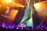 地元・神奈川の横浜アリーナで全20曲を熱演したLUNA SEA