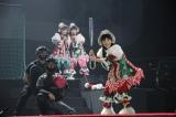 デッドボールを受けた百田夏菜子が怒り出す場面も photo by HAJIME KAMIIISAKA+Z