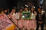 (写真左から)里菜、彩夏(さいか)、恋子(こいこ)、妙華(たえか)、渚