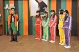 12月30日放送、NHK『LIFE!2014 年の瀬 紅白コラボSP』ももいろクローバーZの出演シーン(C)NHK