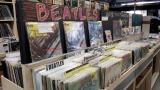 HMV record shop渋谷の店内の様子。約10万点の商品を取りそろえる