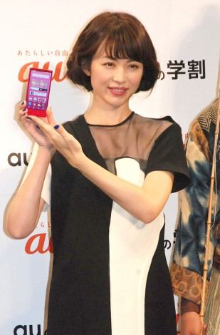 『au発表会 2015 Spring』で司会を務めた平井理央 (C)ORICON NewS inc.