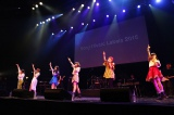 昨年10月にデビューした歌うま少女6人組・Little Glee Monster