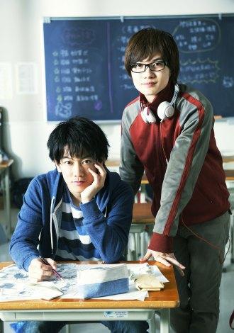 『バクマン。』が実写映画化決定(左から)佐藤健、神木隆之介 (c)2015映画「バクマン。」製作委員会