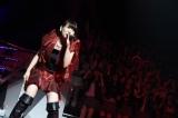 サプライズ登場した卒業生・増田有華=『AKB48リクエストアワー セットリストベスト1035 2015』(C)AKS