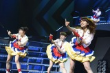 大島優子が復帰!Not yetのデビュー曲「週末Not yet」を披露=『AKB48リクエストアワー セットリストベスト1035 2015』2日目公演(C)AKS