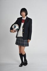 『Seventeen』のモデルや7代目ゼクシィのCMガール、来年1月からは初主演となる連続ドラマ『学校のカイダン(仮)』も決定。今、注目を集める広瀬すず (C)日本テレビ