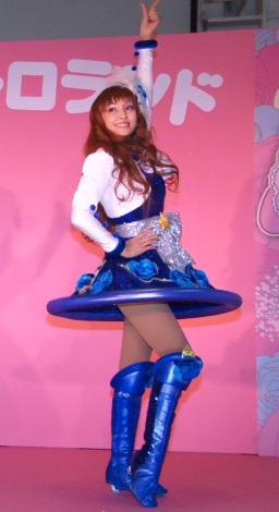 サンリオのキャラクター、キキララをイメージした衣装で登場した神田うの=サンリオ新商品展示会SANRIO EXPO 2015 (C)ORICON NewS inc.