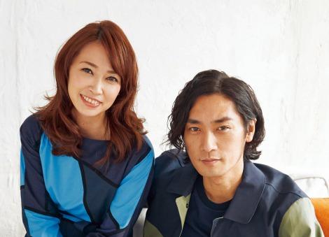 サムネイル 辺見えみり&松田賢二が初の夫婦ツーショットを披露