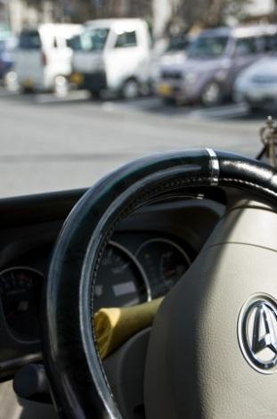 過去に値上げ率を最も大きく設定された高齢ドライバー。知っておきたい保険料を抑えるコツとは?