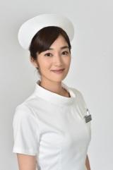 TBS系ドラマ『まっしろ』若手看護師の一人、和田木綿子役を演じる高梨臨(C)TBS