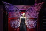 東京・SHIBUYA109には「蝶」のオブジェを展示