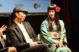 (左から)トークセッションに参加した森淳一(中)と橋本愛(右)