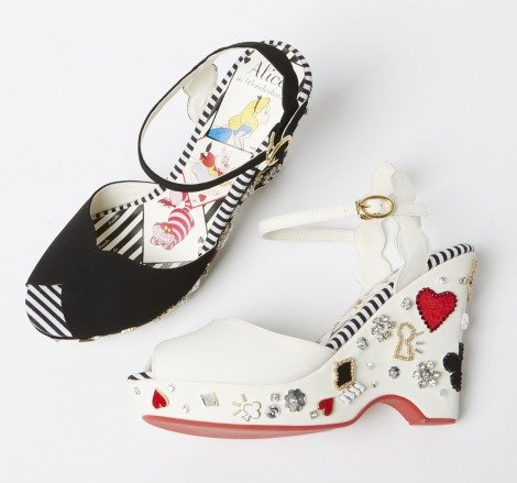 「Queen of hearts sandals (AS4192)」8900円(C)Disney