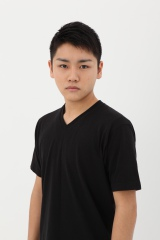 NHK連続テレビ小説『マッサン』に3月16日放送回からマッサンの甥・岡崎悟役の泉澤祐希