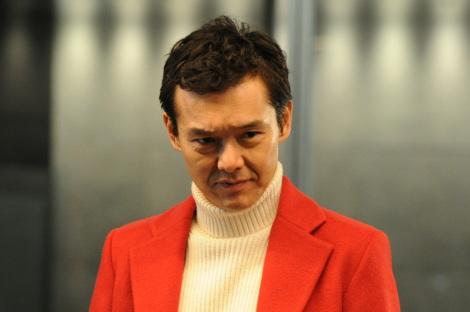 ドラマ『銭の戦争』第8話(2月24日放送)20億円もの現金を隠し持っていた赤松(渡部篤郎)(C)関西テレビ