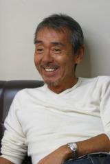 """4月期のフジテレビ系""""月9""""ドラマ『ようこそ、わが家へ』に出演する寺尾聰"""