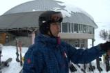 趣味のスキーに興じる森下氏(C)MBS