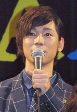 三津谷亮は「信頼できる仲間やスタッフさんと一緒に、面白さ保証書つきでお届けしたい」を笑顔をみせた。(C)De-View