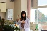美人な保健室の先生役を演じた山本美月