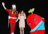 アニメ映画『機動戦士ガンダムTHE ORIGIN I 青い瞳のキャスバル』会見に出席した(左から)ぬまっち、潘めぐみ、ふなっしー (C)ORICON NewS inc.