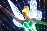 全LEDパレードの「ペイント・ザ・ナイト・パレード」のティンカーベル As to Disney photos,logos,properties:(C)Disney