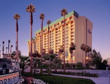 カリフォルニア ディズニーランド・リゾート「ディズニー・パラダイス・ピア・ホテル」 As to Disney photos,logos,properties:(C)Disney
