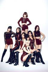 日本2ndシングル「Like a Cat」を発売したAOA