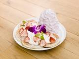 日本上陸5周年記念パンケーキは苺づくし