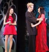 ミュージカル映画最新作『イントゥ・ザ・ウッズ』のジャパンプレミアイベントに出席したリラ・クロフォード、 メリル・ストリープ 、神田沙也加 (C)ORICON NewS inc.
