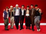 日本テレビ系新ドラマ『ワイルド・ヒーローズ』(毎週日曜 後10:30)ではTAKAHIRO(中央)と悪ガキ仲間が危機的状況に立ちむかう (C)日本テレビ