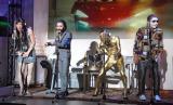 映画『ワイルド・スピード SKY MISSION』公開アフレコ収録イベントで自身が演じる役柄をイメージした衣装で登場したゴールデンボンバー(左から)歌広場淳、鬼龍院翔、喜矢武豊、樽美酒研二 (C)ORICON NewS inc.