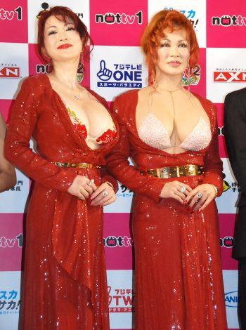 『NOTTVサービス発表会2015』に出席した(左から)叶美香、叶恭子 (C)ORICON NewS inc.