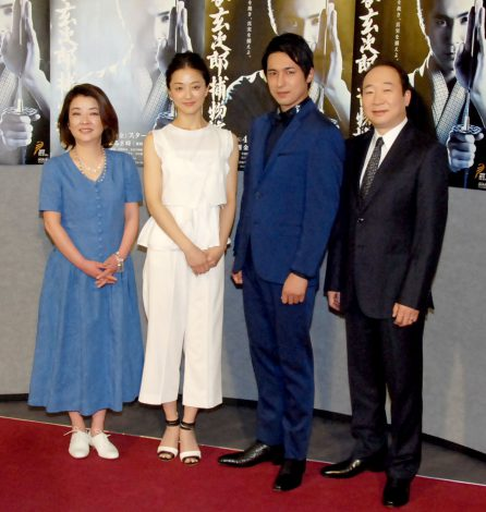 NHK BS時代劇『神谷玄次郎捕物控2』記者会見に出席した(左から)岸本加世子、中越典子、高橋光臣、中村梅雀 (C)ORICON NewS inc.