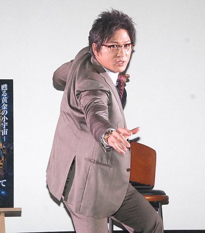 「ペガサス流星拳」を披露する細川茂樹 (C)ORICON NewS inc.