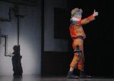 「NARUTO-ナルト-」のキメ台詞、キメポーズは健在(C)ライブ・スペクタクル「NARUTO-ナルト-」製作委員会2015