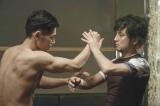 映画『Zアイランド』(5月16日公開)へとつながる壮絶な闘いの物語をdビデオが完全ドラマ化(C)BeeTV