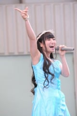 上野恩賜公園の野外ステージで記念イベントを行った柊木りお