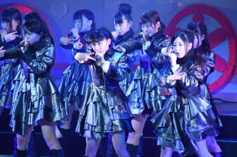 M10「RIVER」〜AKB48チーム8結成1周年記念特別公演より (C)ORICON NewS inc.