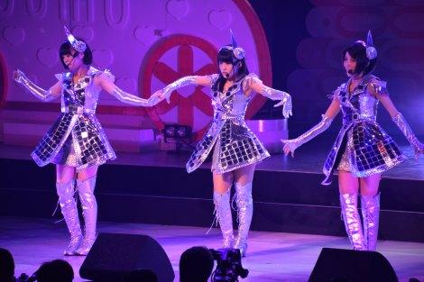 M14「プラスティックの唇」〜AKB48チーム8結成1周年記念特別公演より (C)ORICON NewS inc.
