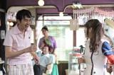 4月13日放送の『まれ』に出演する田中卓志(アンガールズ) (C)NHK