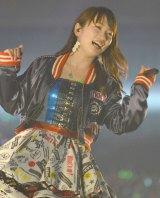 「AKB48春の単独コンサート〜ジキソー未だ修行中!〜」ステージで明るくパフォーマンスする川栄李奈 (C)ORICON NewS inc.