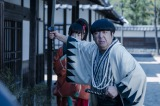 バナナマン・日村勇紀、長編映画初主演作『新選組オブ・ザ・デッド』劇中カット