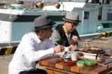 伊豆の港で新鮮な魚介を堪能(C)テレビ朝日