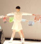 """""""旗ダンス""""を生披露した剛力彩芽=1stアルバム『剛力彩芽』発売記念イベント (C)ORICON NewS inc."""