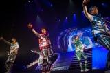 """『BULLET TRAIN ONEMAN SHOW SPRING HALL TOUR 2015 """"20億分のLINK 僕らのRING""""』より PHOTO: 米山三郎(SignaL)"""