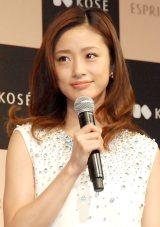 昨日、第1子妊娠を発表した上戸彩 (C)ORICON NewS inc.